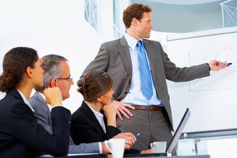 "Noua moda in resurse umane: managerii invata trucurile ""farmecului personal"""
