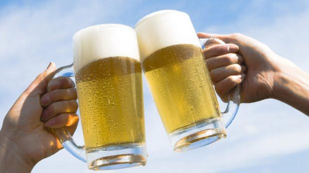 Vesti bune pentru consumatori: berea intareste sistemul osos