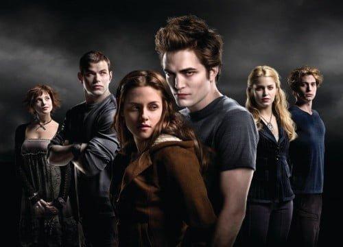 """Vampirii din seria """"Twilight"""" au peste un milion de prieteni pe Twitter"""