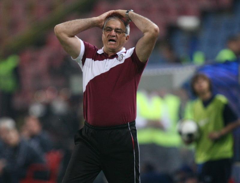 Razboiul antrenorilor de la FC Brasov