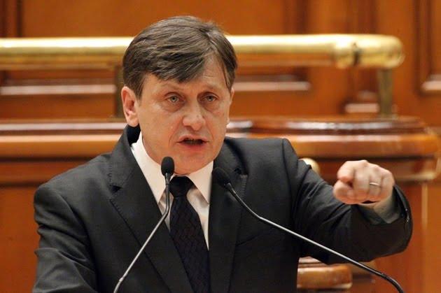 Crin Antonescu ramane presedintele Senatului
