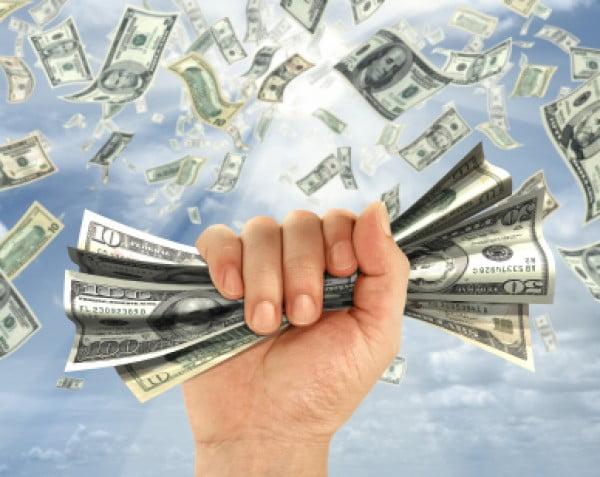 Cum se simte criza in buzunarele bogatilor? Milionarii au saracit, miliardarii si-au sporit averile