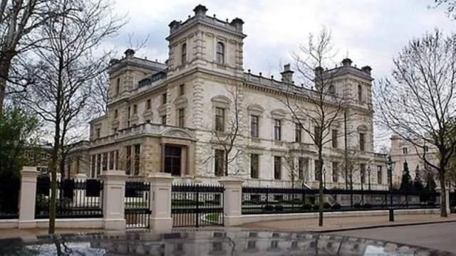 Tranzactie imobiliara record. O casa din Marea Britanie a fost scoasa la vanzare pentru 300 de milioane lire