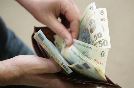 Care este pulsul cresterilor salariale in mediul privat? Angajatii din IT si industria auto sunt cei mai fericiti