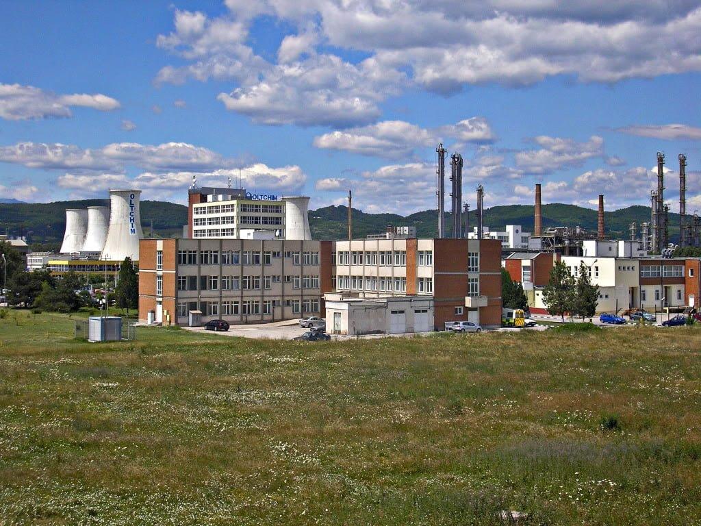 Contractul de privatizare nu s-a semnat. DDD plimba sacii cu bani prin Bucuresti