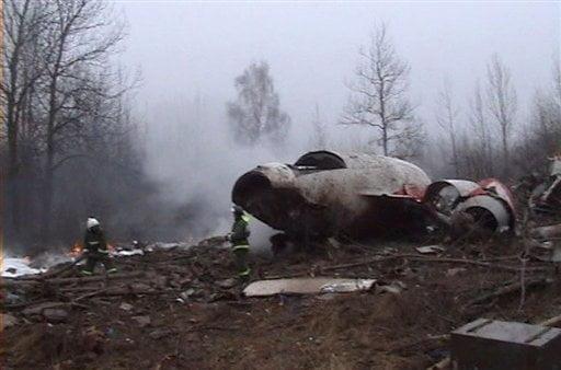 Teoria conspiratiei devine realitate: explozibil in avionul polonez prezidential prabusit in Rusia