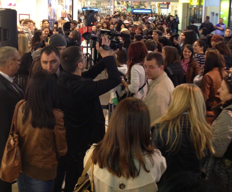 Vanzarile H&M s-au dublat. Clientii au lasat in magazinele din Romania ale brandului peste 50 de milioane de euro