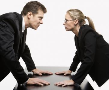 Ce efecte are criza pe piata muncii? Profesionistii buni se vand mai ieftin
