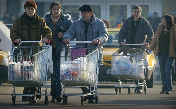 Lanturile comerciale Carrefour si Delhaize risca o amenda de 10 miliarde euro. Firmele sunt acuzate de frauda