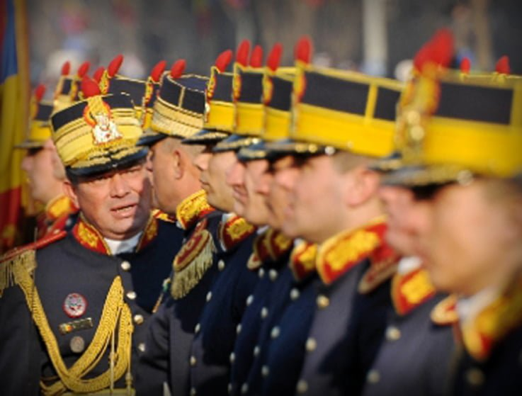 1 Decembrie saracacios. Armata nu mai are bani de defilare