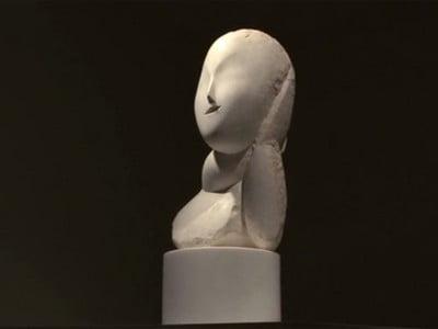 """Lucrarea """"Muza"""" a lui Brancusi s-a vandut cu 12,4 milioane de dolari"""