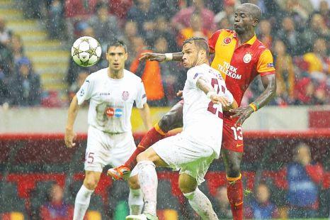 Galatasaray anunta ofensiva totala in Gruia