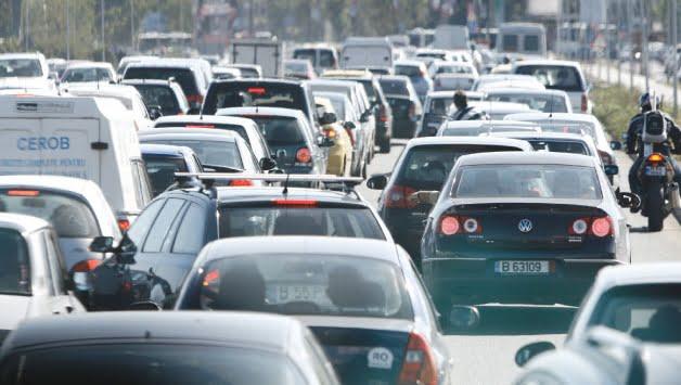 Dupa rovinieta, urmeaza buvinieta. Primaria Capitalei vrea sa construiasca autostrada suspendata cu ajutorul unei taxe de drum