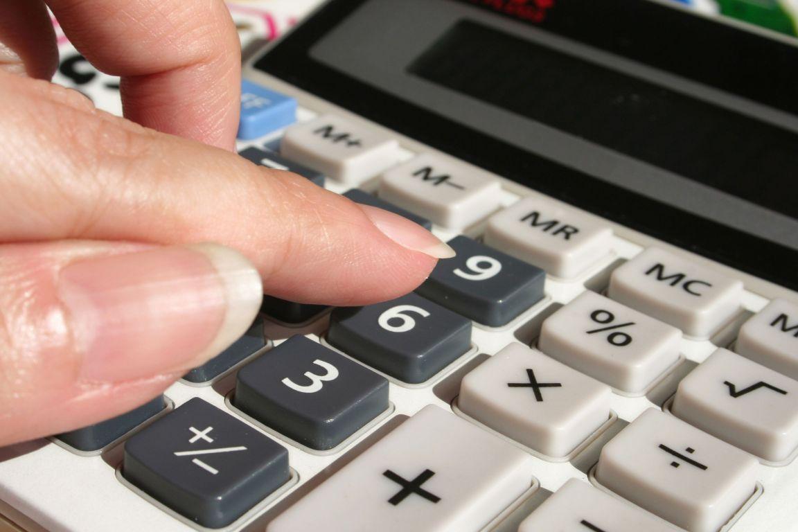 Cifra de afaceri din legislatia contabila difera de cea din norma fiscala. Invata sa eviti penalitati costisitoare