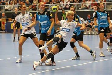 Handbal feminin. Oltchim s-a calificat in grupele Ligii Campionilor.Video