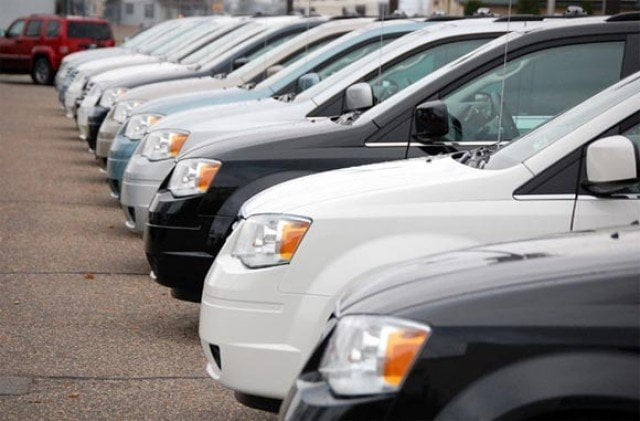 Reduceri la masini. Poti alege intre Dacia, Hyundai, Daewoo, Renault, Fiat, Peugeot, Opel, Seat, Mitsubishi sau Ford