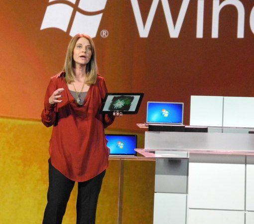 Licentele Windows 8, vandute in 40 de milioane de exemplare intr-o luna