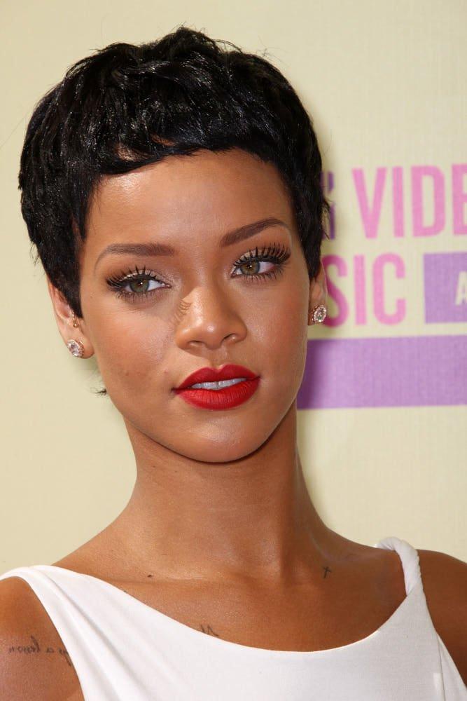 Rihanna se marita