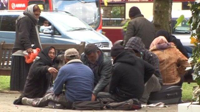 Tiganii cersetori din Romania iau cu asalt Londra de sarbatori