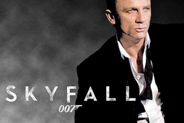 """Filmul """"007: Coordonata Skyfall"""" revine pe pozitia de lider in box office-ul nord-american"""