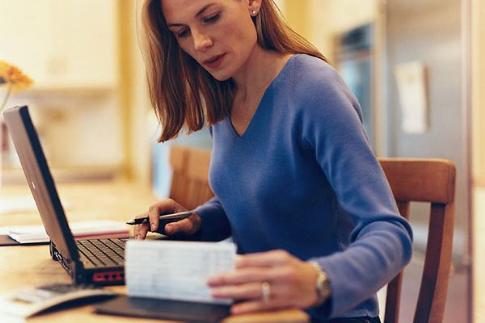 Vezi cum iti poti achita factura la intretinere online
