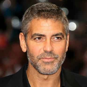 George Clooney a fost premiat pentru implicare sociala si politica