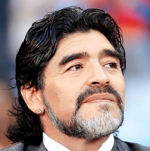 Maradona s-a intors la Napoli