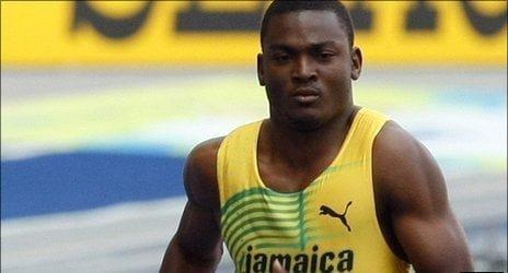 Atletul jamaican Steve Mullings a fost suspendat pe viata pentru dopaj