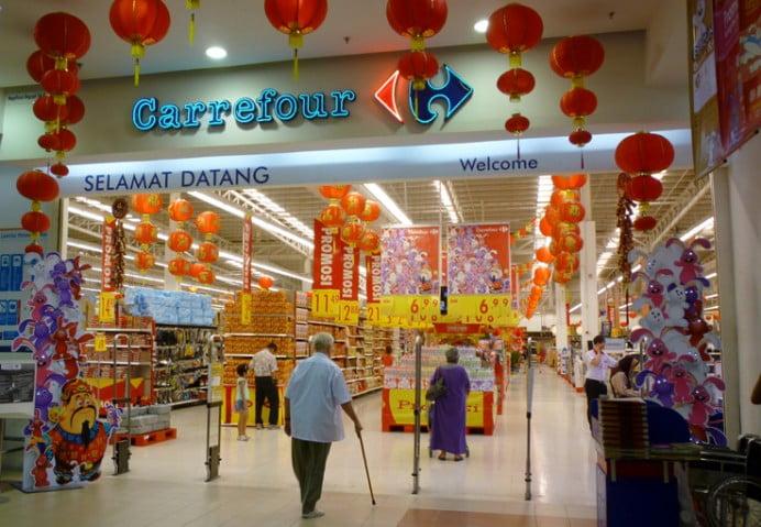 Criza le umfla conturile: Profitul Carrefour a crescut de peste trei ori in 2012!