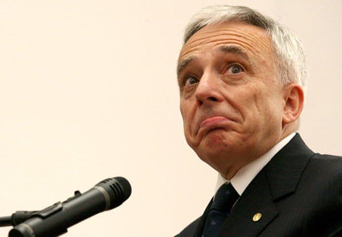 Isarescu (BNR) si ministrul Justitiei cauta solutii la clauzele abuzive din contractele bancare