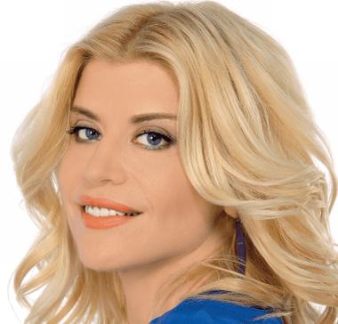 Loredana Groza promoveaza Litoralul de 1 mai