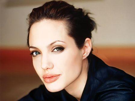 Angelina Jolie a infiintat o scoala pentru fete in Afganistan