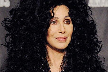 Cher, pe marginea prapastiei