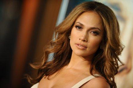 Jennifer Lopez concediata din cauza pretentiilor exagerate