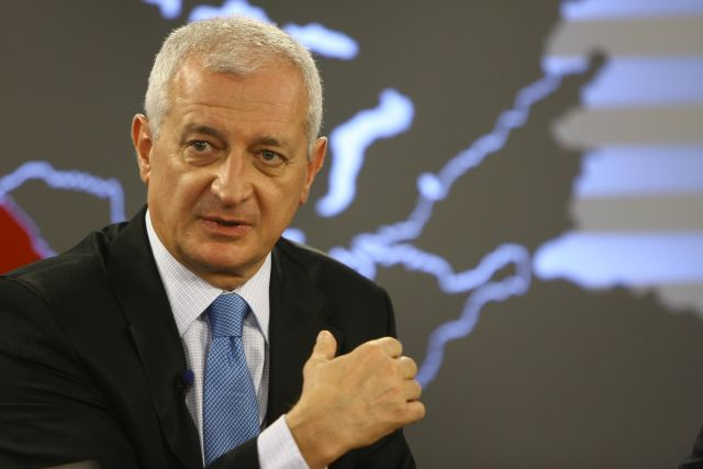 Gyorgy Frunda: UDMR vrea ca maghiara sa fie limba regionala iar minoritatile, factor constitutiv al statului!