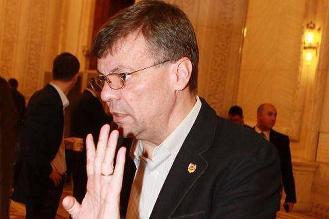 PPDD se rupe: Tudor Barbu pleaca din partidul lui Diaconescu!