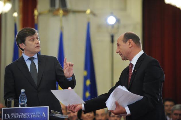 Crin Antonescu: Il pun pe Basescu premier, ca presedinte!