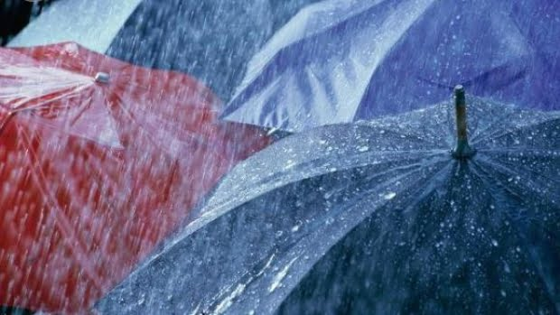 ANM: Atentionare de furtuna, averse si descarcari electrice pentru Bucuresti si Ilfov, pana la ora 17:00
