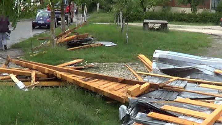 Vremea rea a cauzat probleme in mai multe zone din Romania! VIDEO