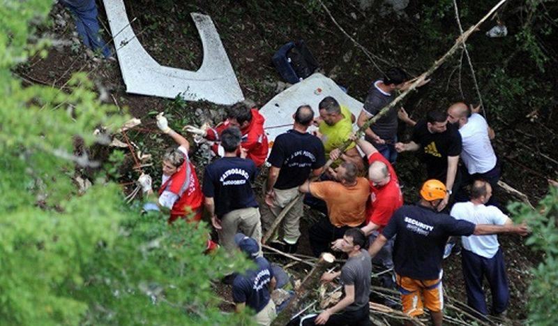 ACCIDENTUL cu TURISTI ROMANI din MUNTENEGRU: Numarul romanilor morti a ajuns la 18! UPDATE