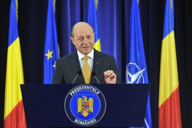 Traian Basescu: Am declansat procedura pentru un nou referendum pentru Parlament unicameral si 300 de parlamentari!