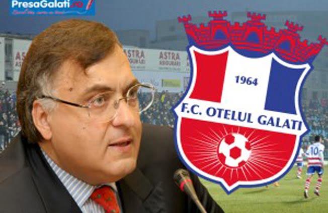 Patronul echipei de fotbal Otelul Galati a facut cunostinta cu furia suporterilor!