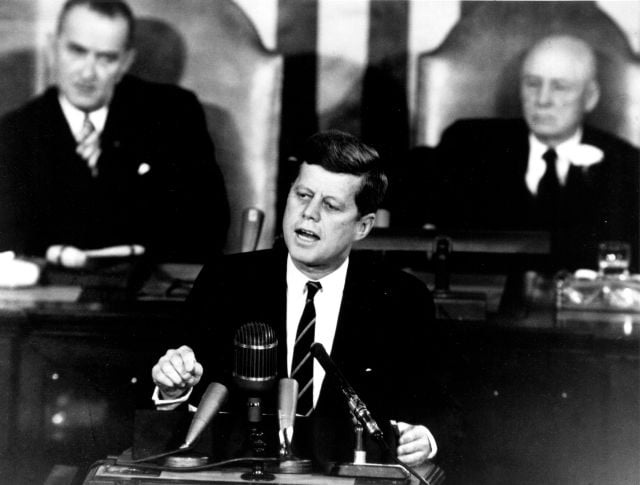 Kennedy_Giving_Historic_Speech_to_Congress_-_GPN-2000-001658