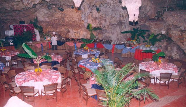 The-Cave-Guacara-Taina-in-Dominican-Republic_Inside-view_1754