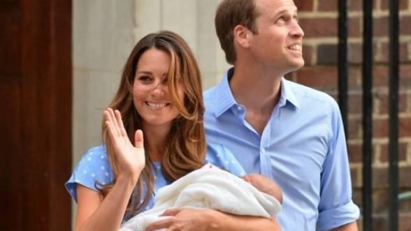 Printul William si ducesa de Cambridge au hotarat ca numele fiului lor sa fie George Alexander Louis!