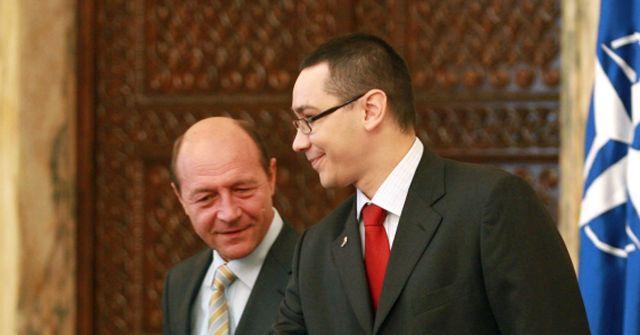 """Victor Ponta il """"inteapa"""" pe Basescu: Eu ma ocup de paine, presedintele de circ!"""
