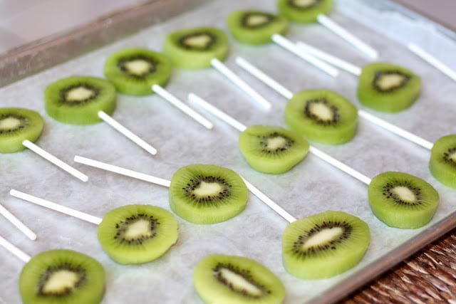 kiwi sticks on tray for freezer