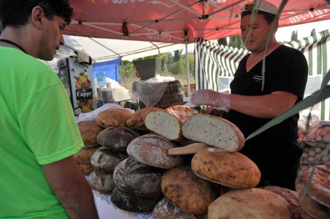 Reducerea TVA la paine si produsele de panificatie: Cu cat va scadea pretul?