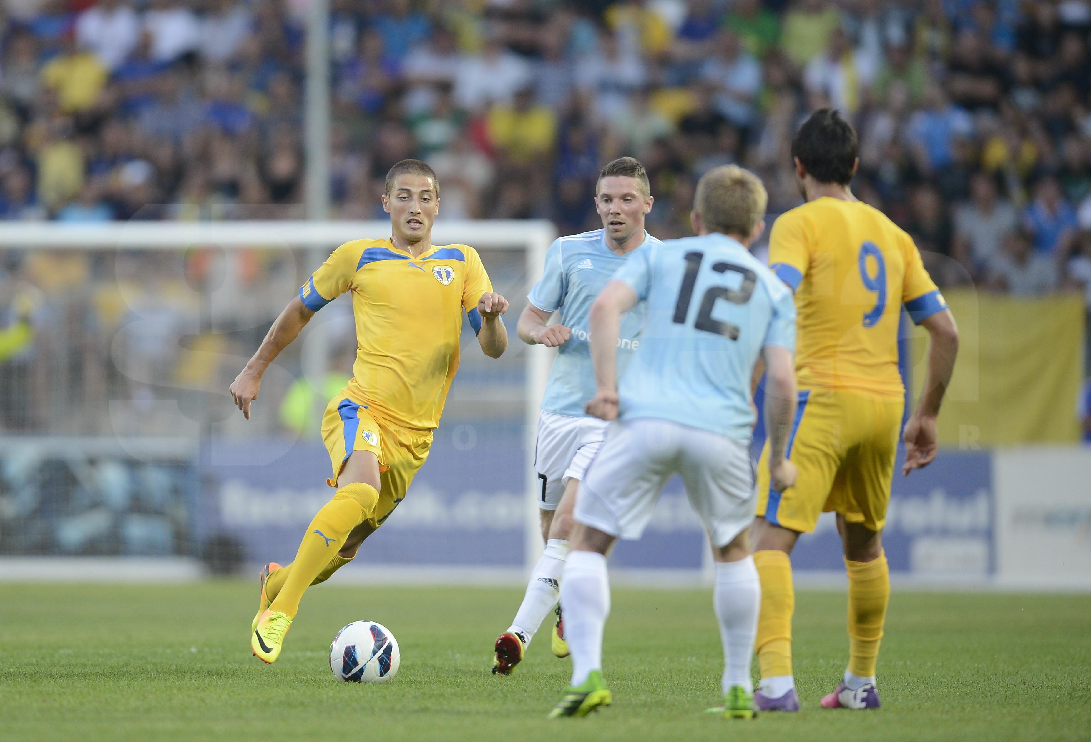 Petrolul Ploiesti a invins cu scorul de 3-0 pe Vikingur Gota, in prima mansa a turului II preliminar al Ligii Europa! VIDEO