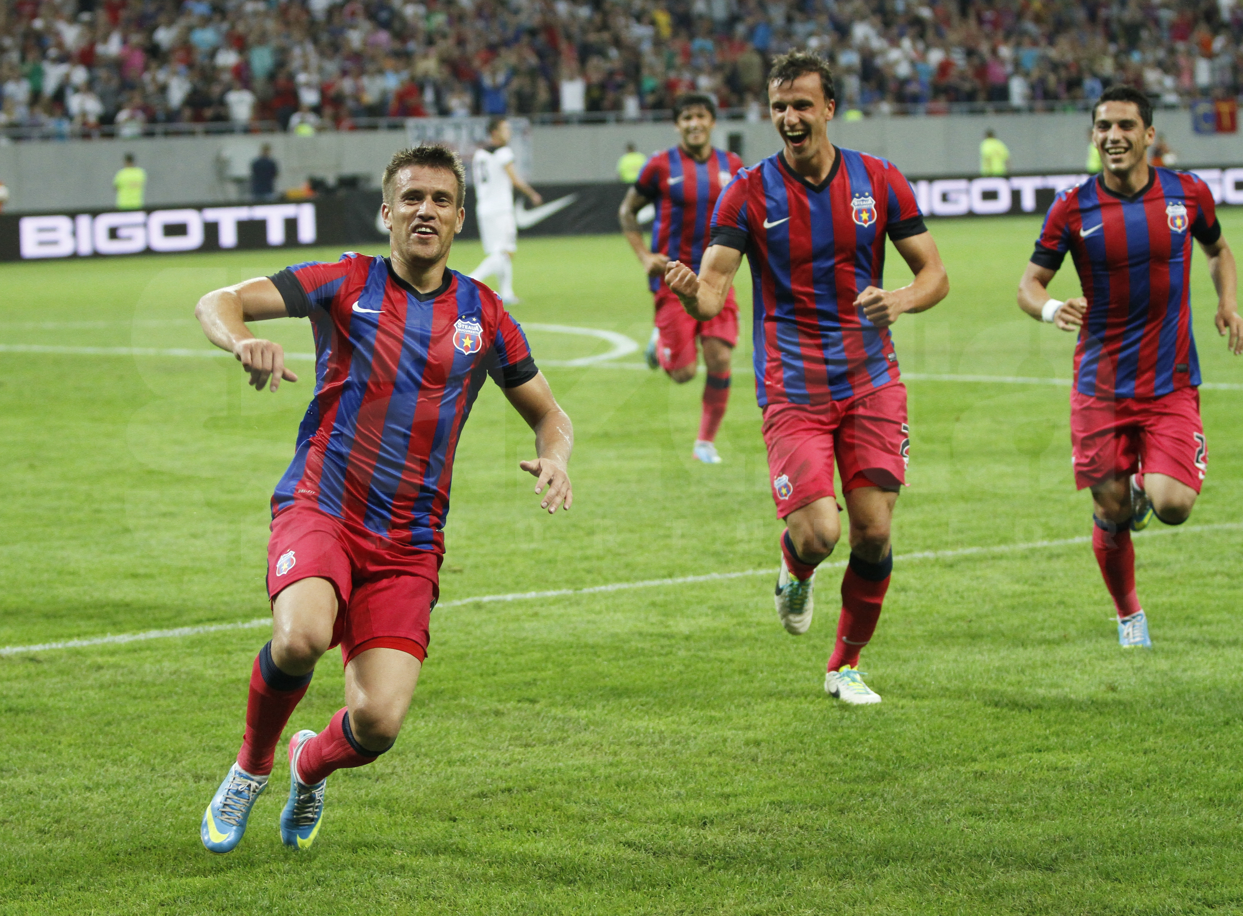 Steaua taie in carne vie: STEAUA – VARDAR 3-0, victoria 100 in Europa, in prima mansa a turului doi preliminar al Ligii Campionilor! VIDEO